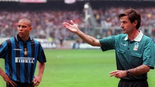 Simoni e l'arbitro Ceccarini: